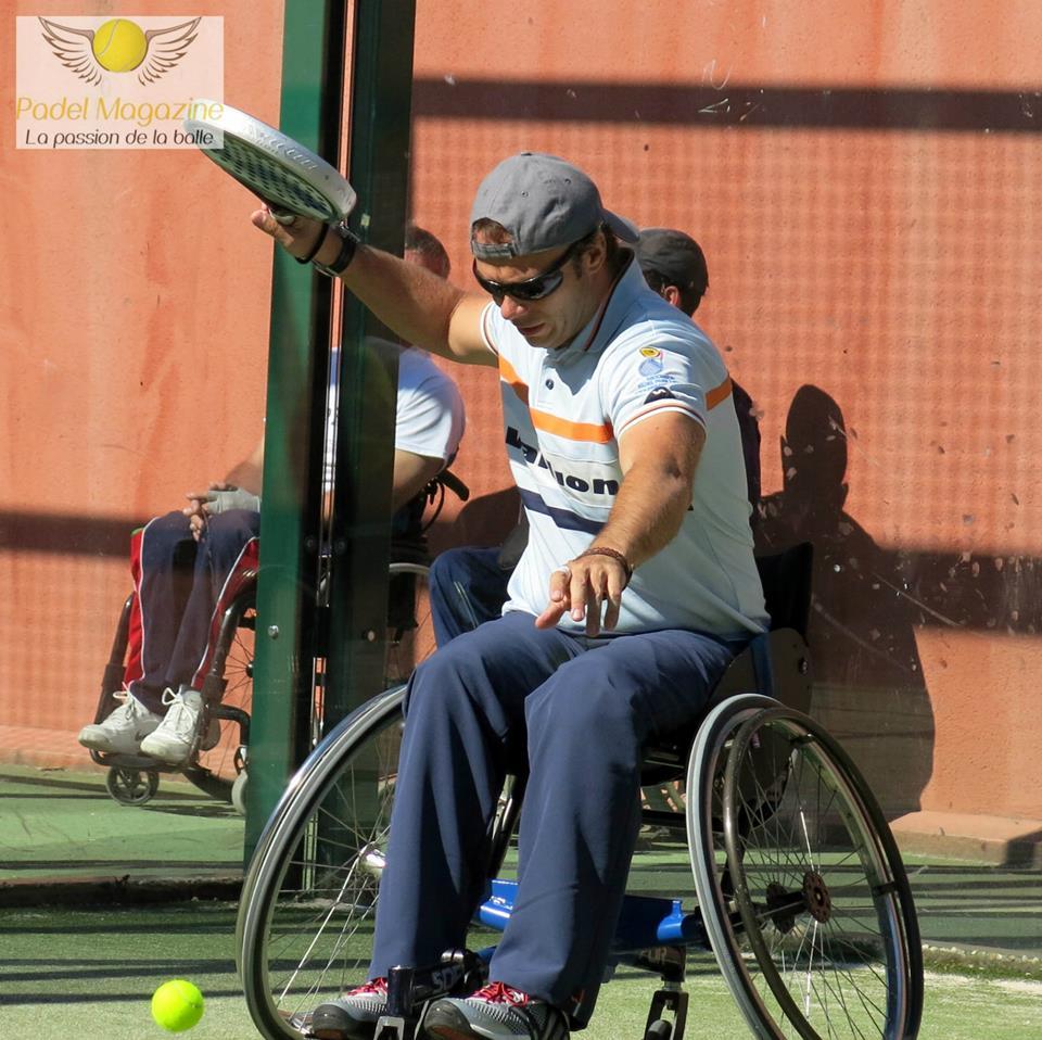 Le padel qui surmonte les handicaps