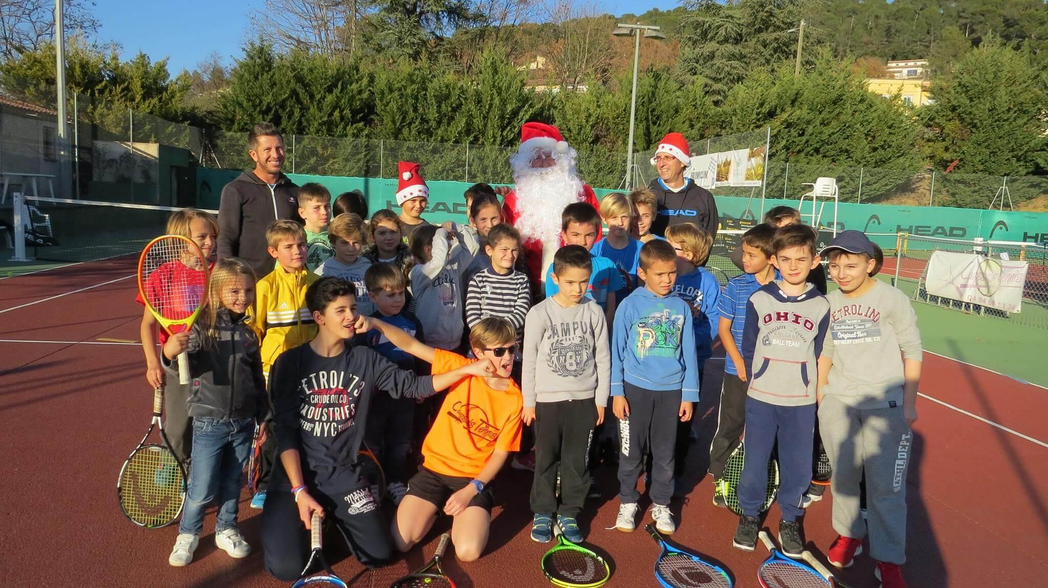 Le Père-Noël s'invite au padel du Tennis Padel lorguais