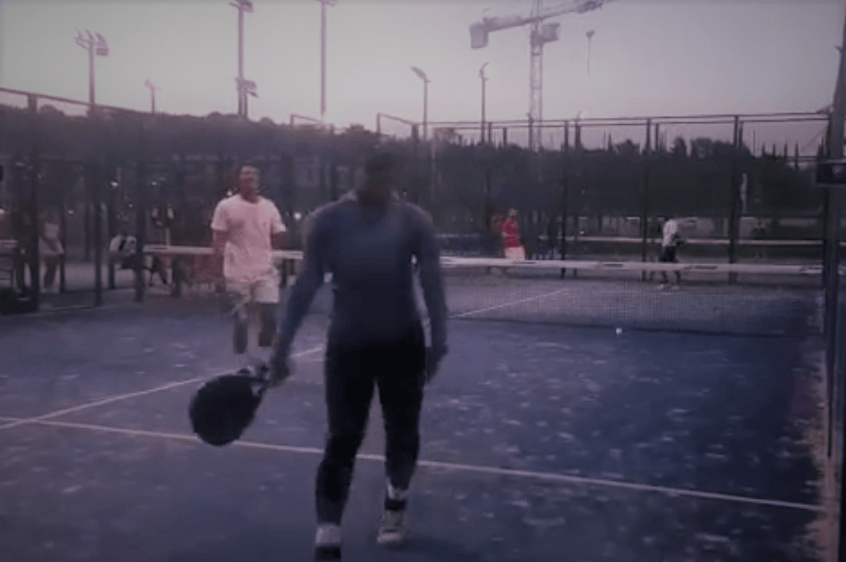 Serena Williams s'initie au padel