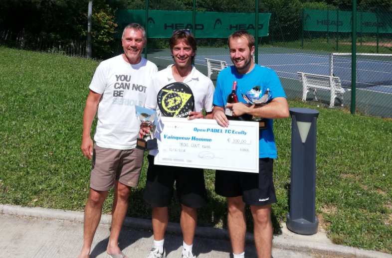 Sanchez / Levrat s'impose à l'Open Padel Ecully