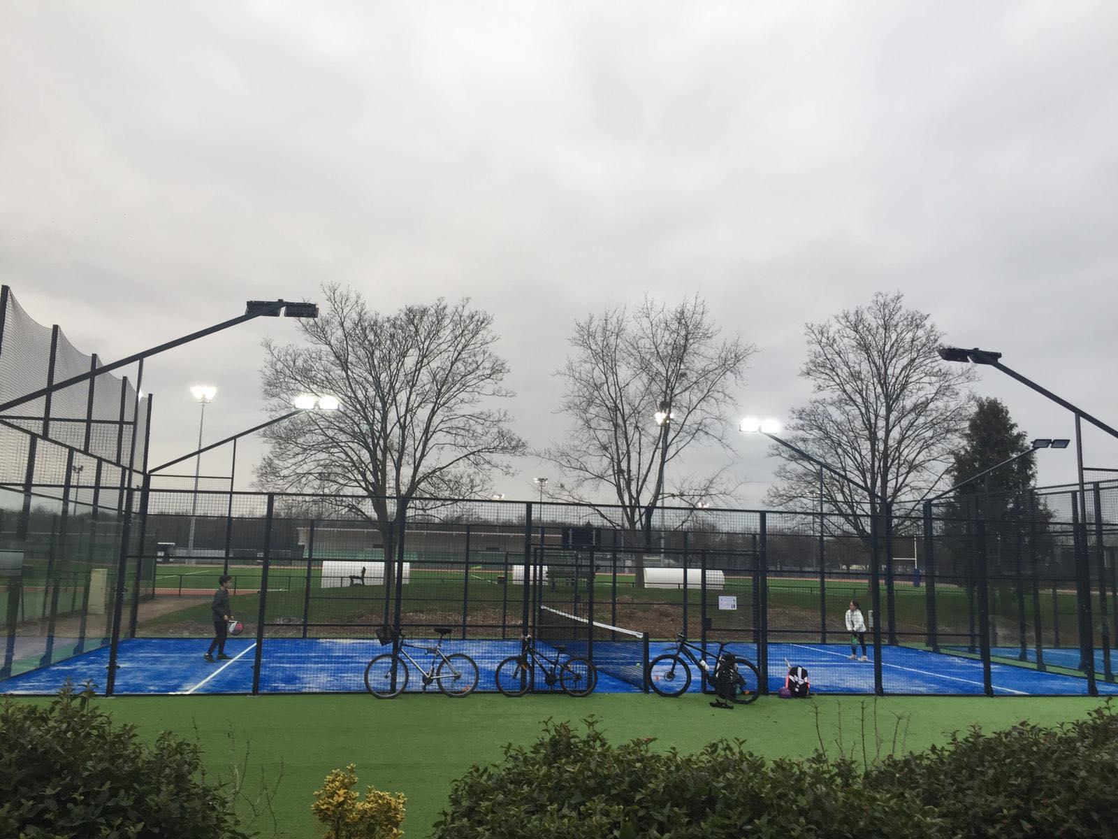Le Tennis Club des Loges se dote de 2 terrains de padel