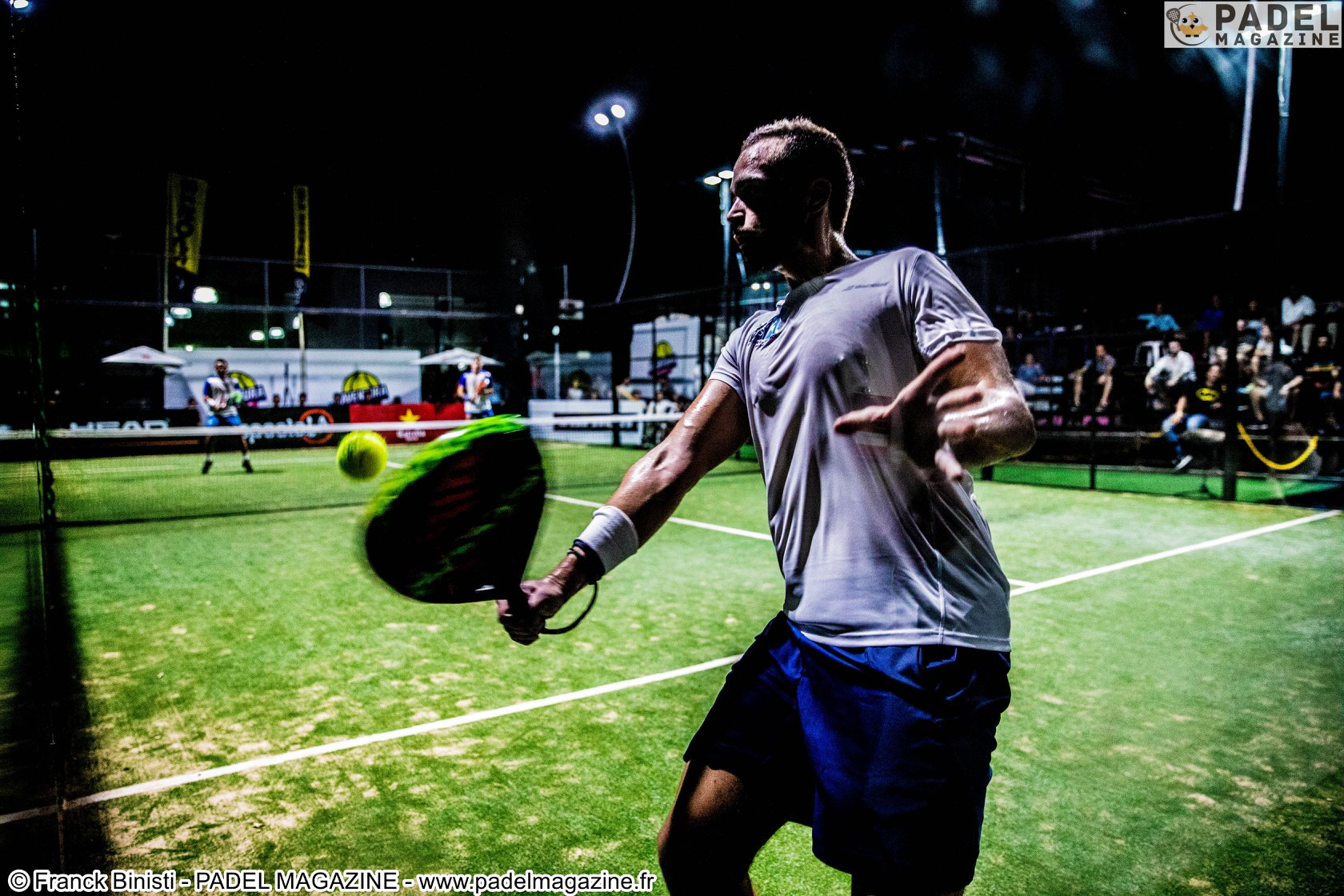 Do we have to come to the net at padel ?