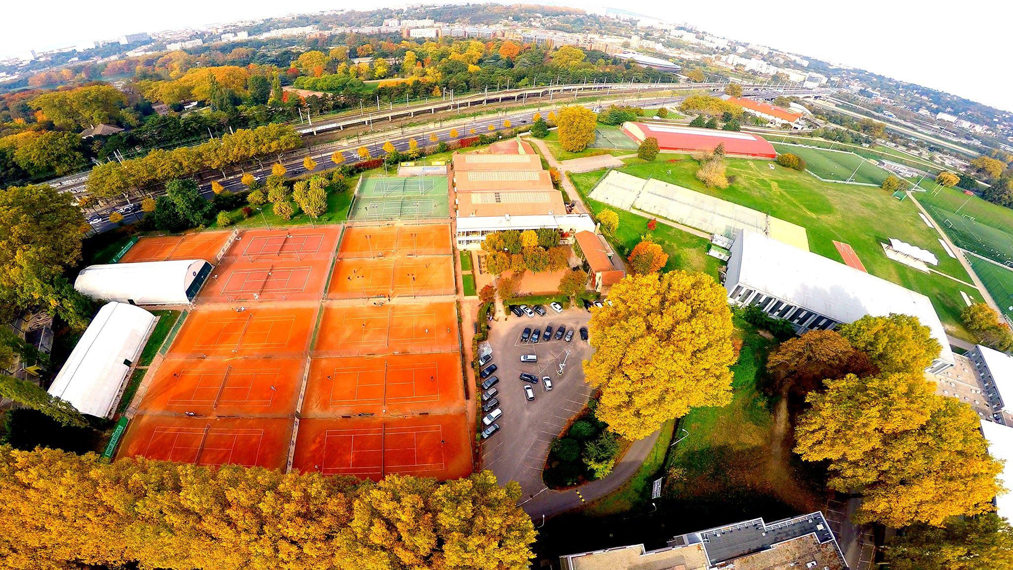 Le Tennis Club de Lyon : 2 terrains de padel