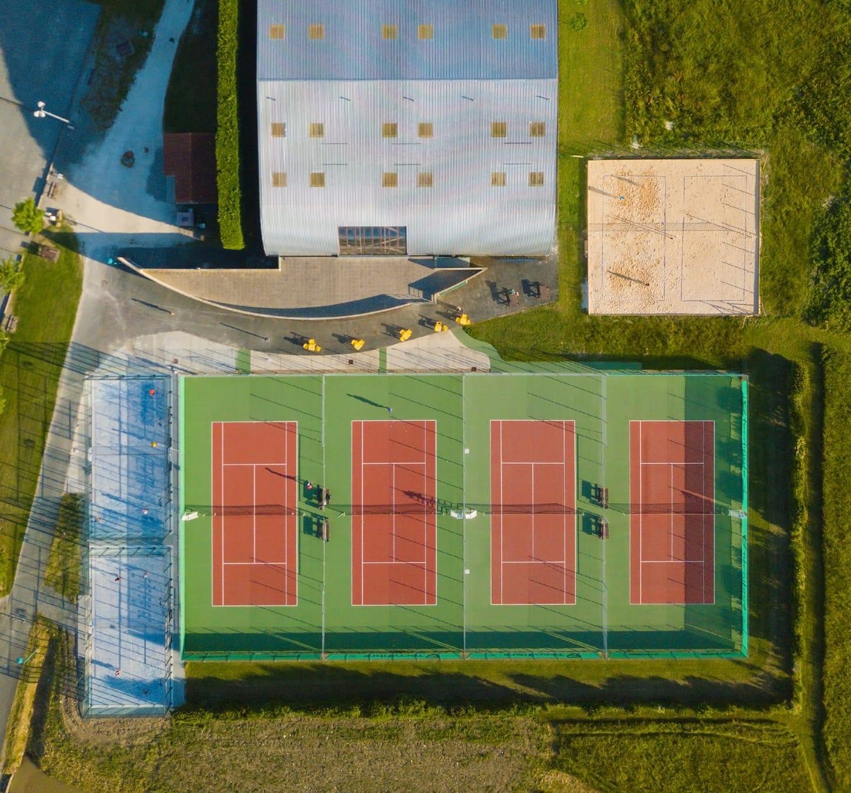 Korty Padel 2 w Saujon Tennis Club