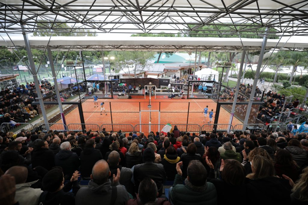 An independent padel federation of the FFT?