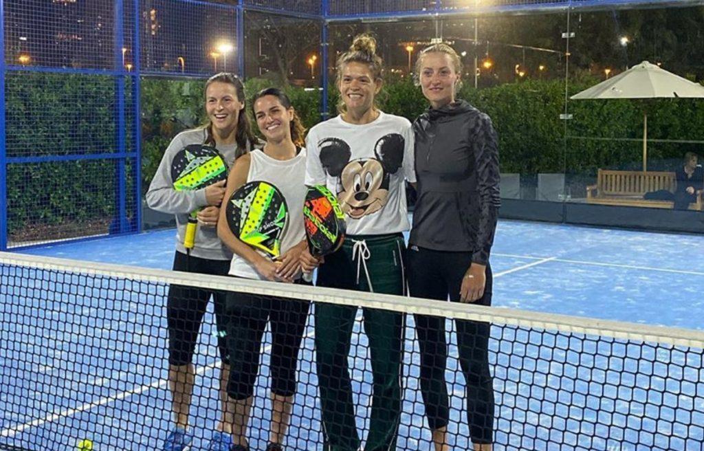 Chloé Paquet Kristina Mladenovic padel|Paquet Mladenovic au padel