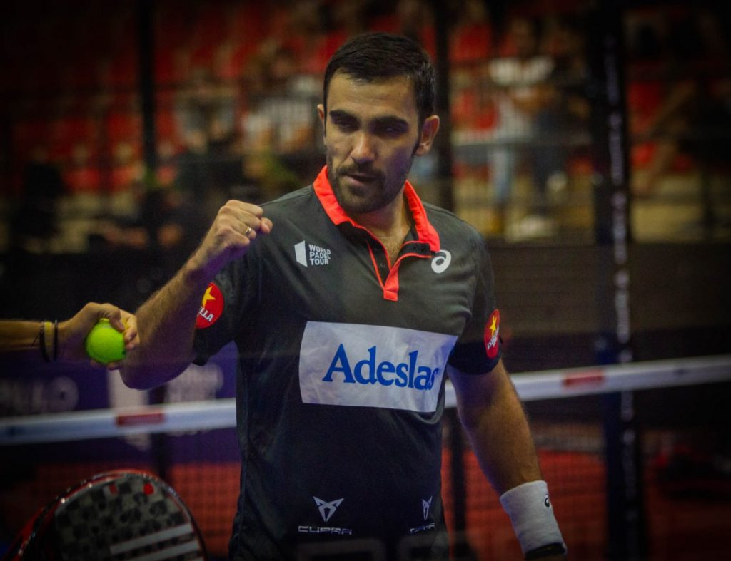 pablo-lima- | pablo-lima-clenched fist | ale-galan-volley forehand | javi-ruiz-uri-botello-abrassade | paquito-navarro-clenched fist | juan-lebron-clenched fist | agustin-tapia-excuses | fernando-belasteguin-volley forehand