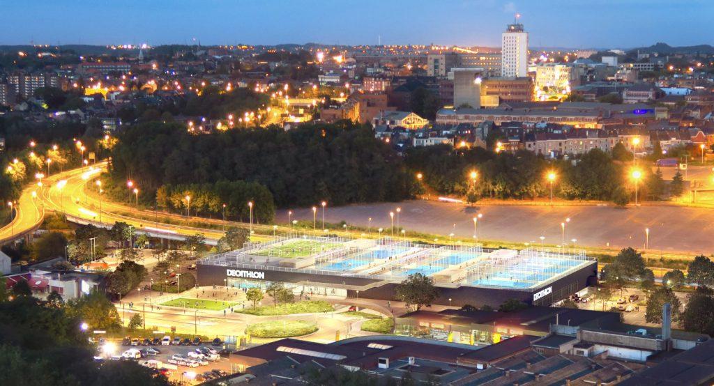 5 terrains de padel sur les toits au Decathlon de Charleroi !