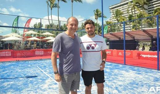 Stanislas Wawrinka à l'American Padel Tour d'Acapulco