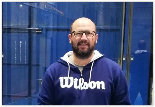 Hugo Cases signs with Wilson Padel