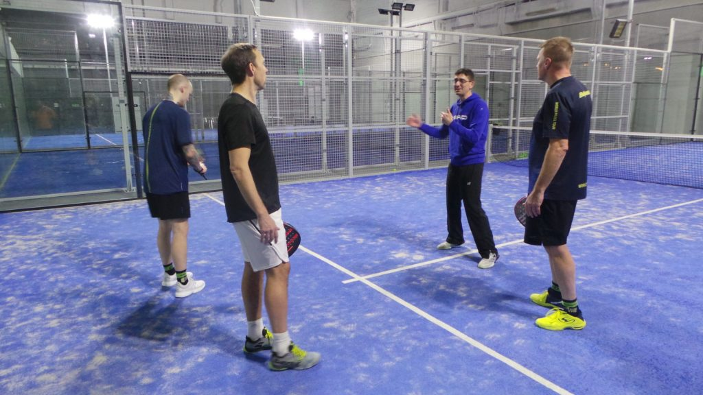 """THE TRAP: """"A tennis lesson taught on a padel court"""""""