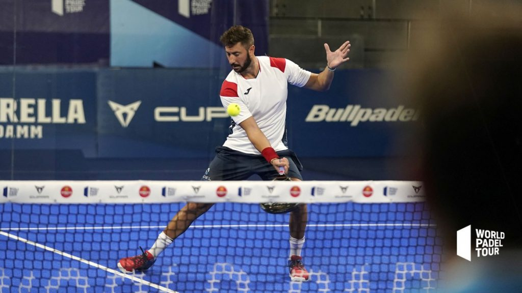 Max Moreau Gedempte forehand volley world padel tour