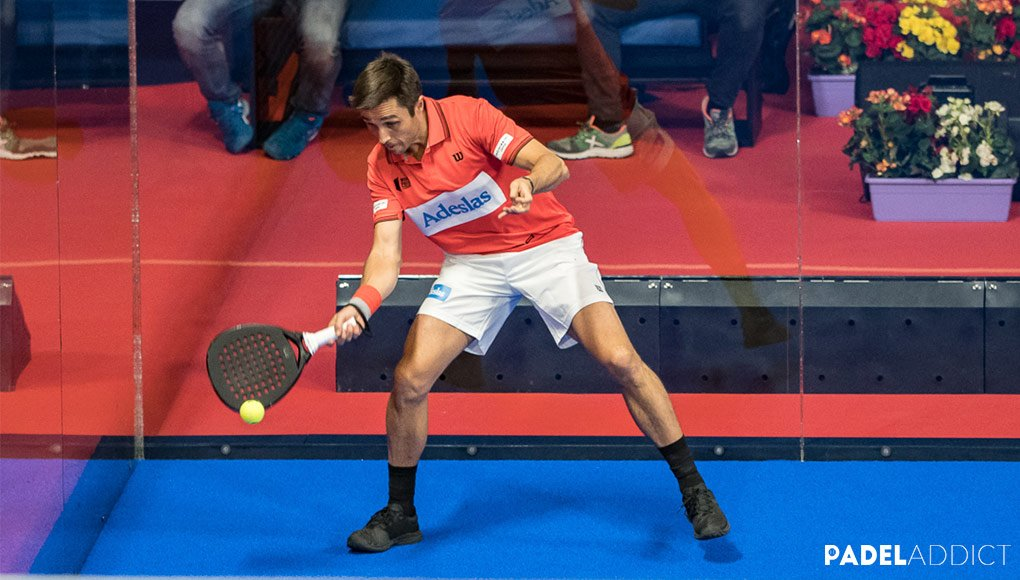 Padel technique: the forehand