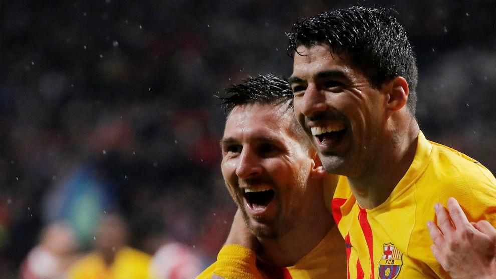 Leo Messi undertecknar på ...padel !