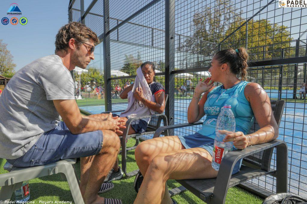 Le coaching au padel : autorisé en compétition