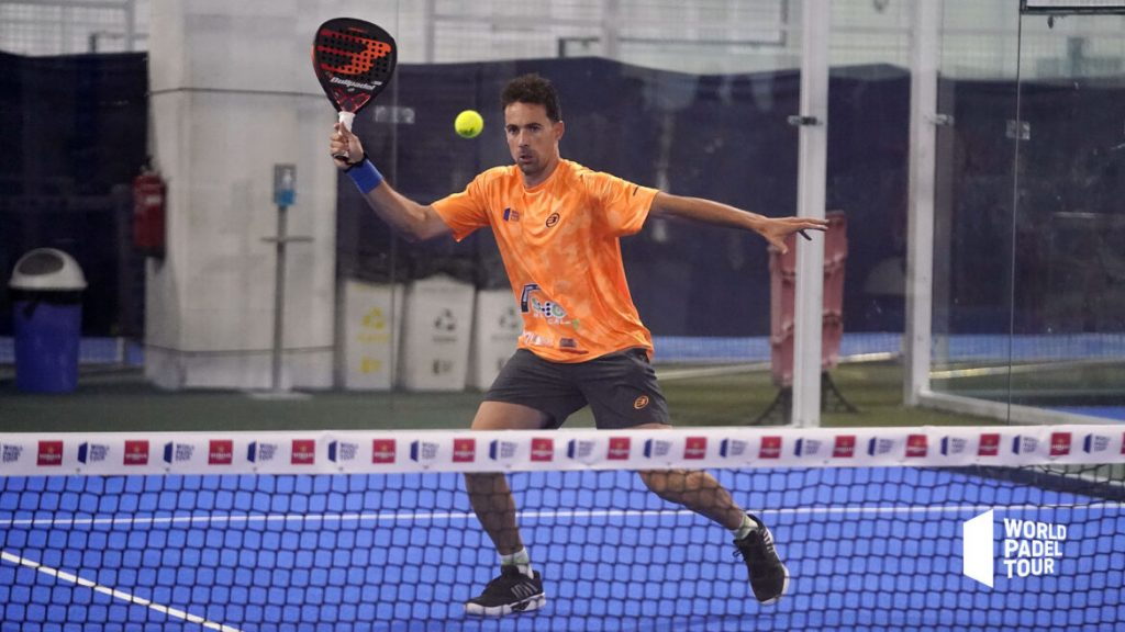 Javi Perez straight volley bullpadel vertex world padel tour