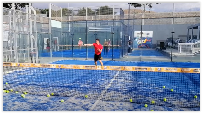 Technique padel : la Bandeja