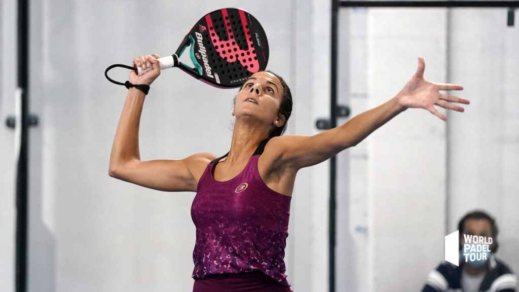 Mélissa Martin smash world padel tour