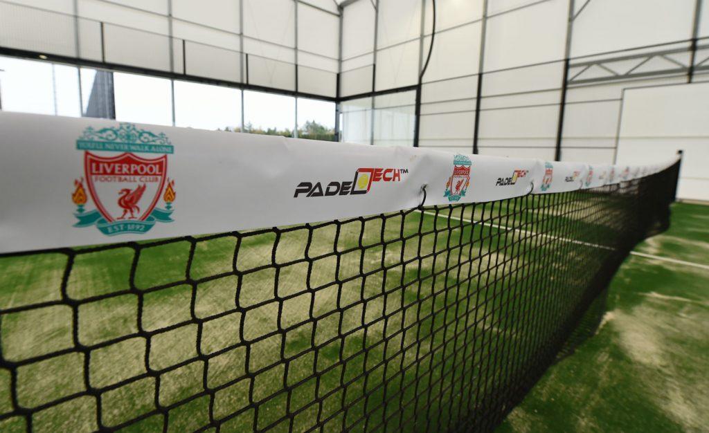 Centro de treinamento Liverpool Axa Padelestá fora