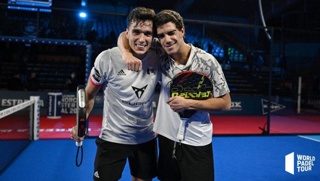 Ale Galan Juan Lebron poses victory master final