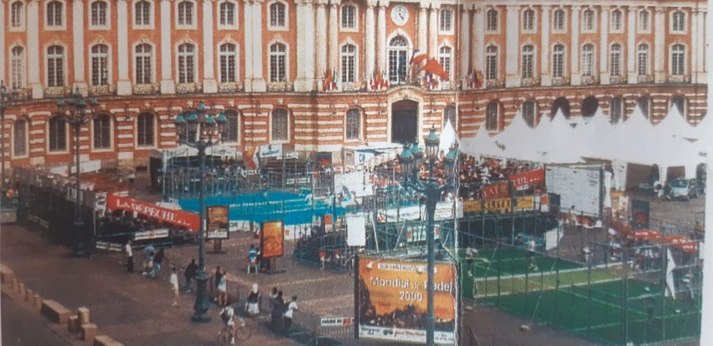 World's first padel in France: in 2000!