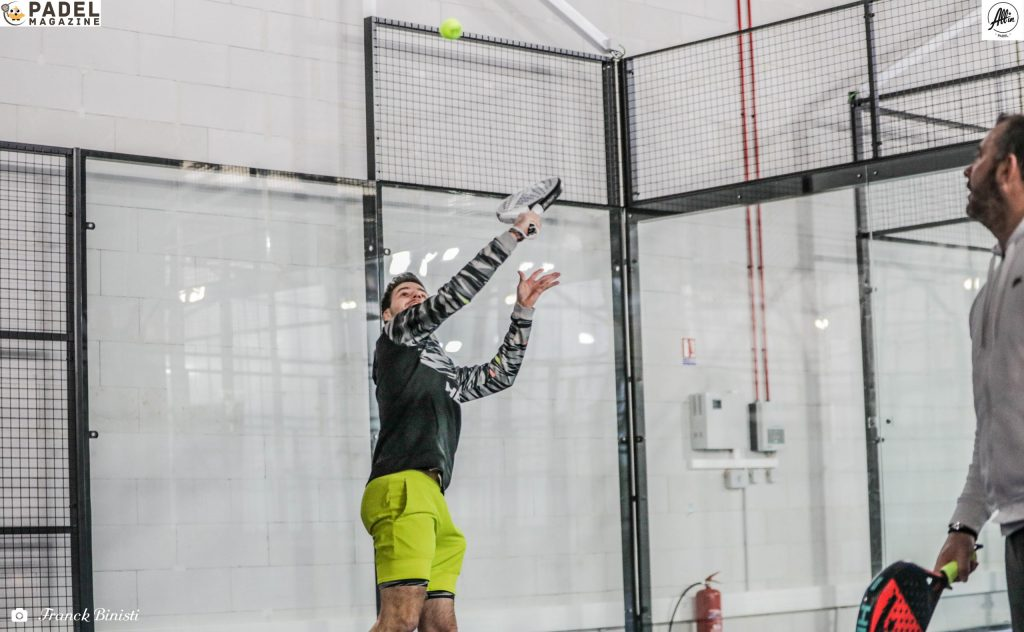 bergeron all in padel backhand volley