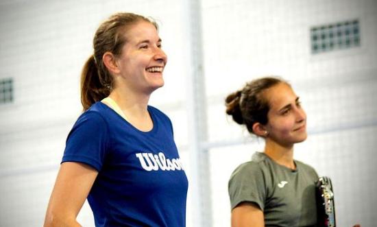 Alix Collombon Jessica Castello pretemporada smile