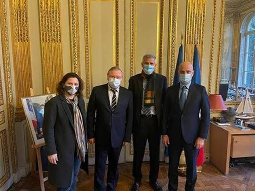 Gilles Moretton et Pierre Doumayrou reçus aux Ministères des Sports et de l'Education