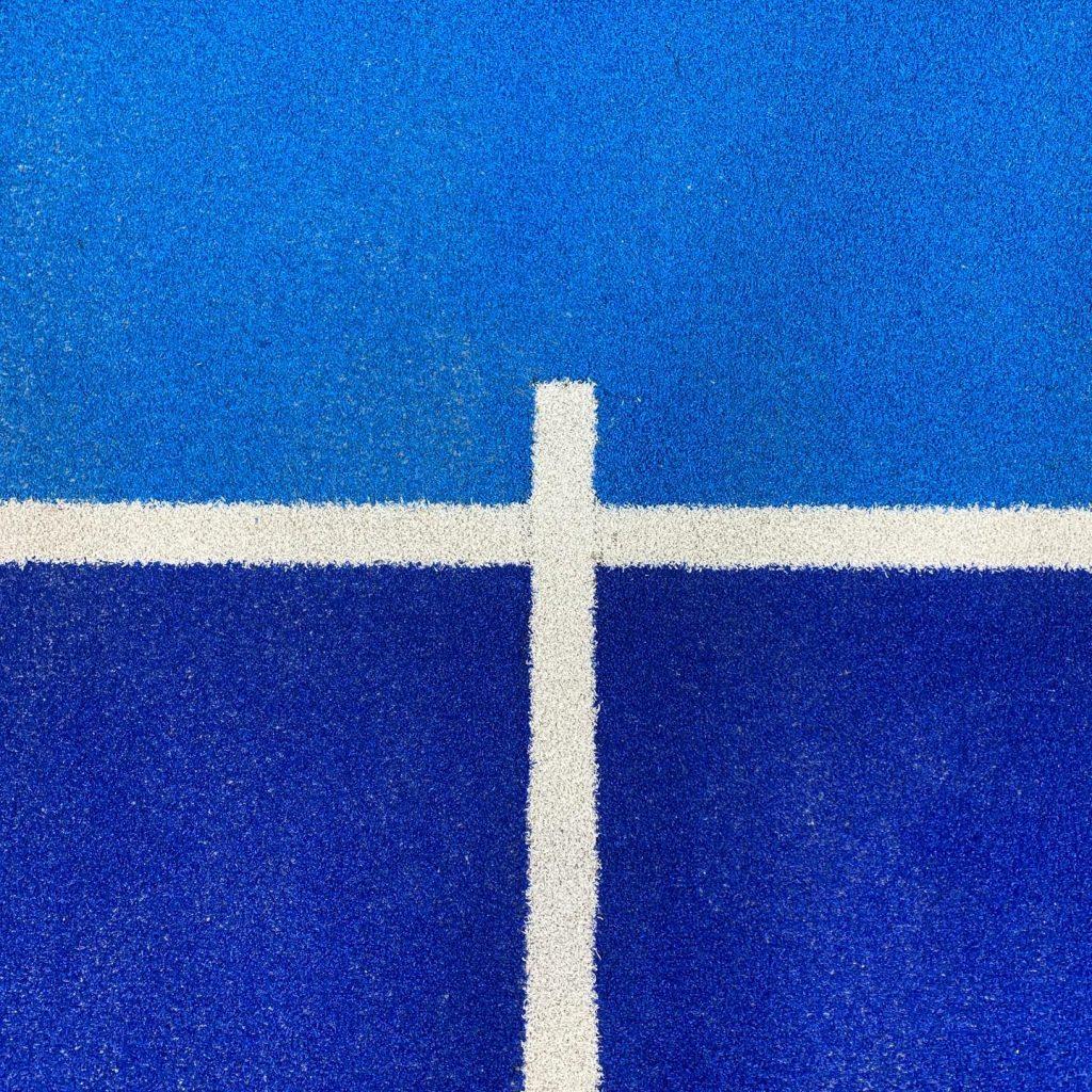 moquette 2 couleurs bleues terrain