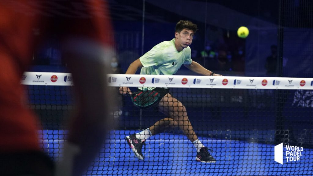 Juan Tello反手齐射 world padel tour