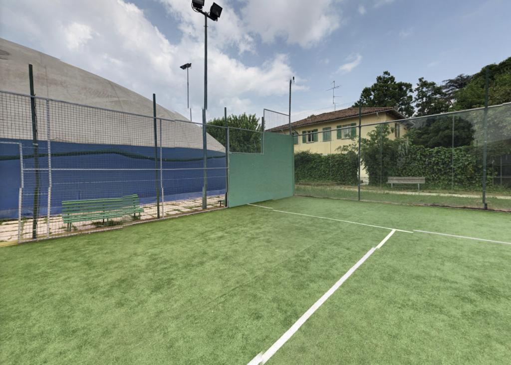テニスクラブアエロポルト Padel ボローニャ