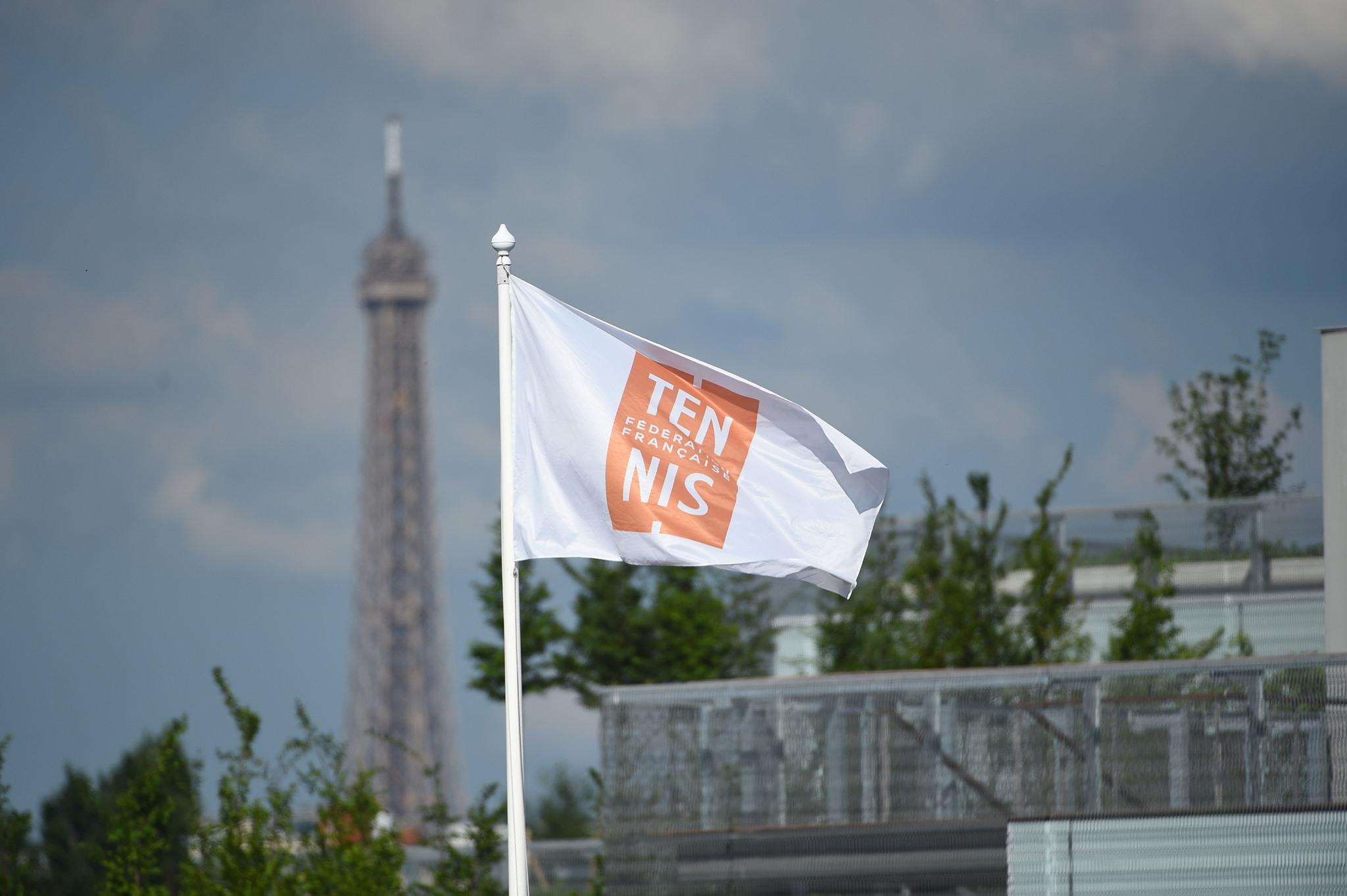 FFT drapeau logo