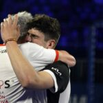 Embrassade Arturo Coello et Miguel Lamperti