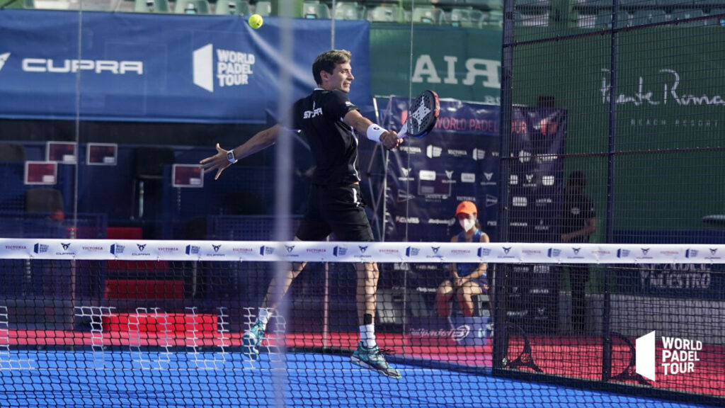 Franco Stupaczuk siatkówka bekhendowa WPT Marbella Master 2021