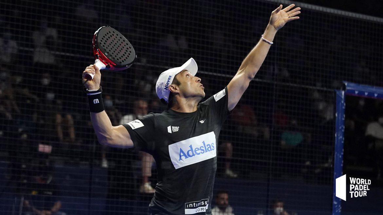 Fernando Belasteguin przygotowuje swój vibora Finał Valencia Open Valencia