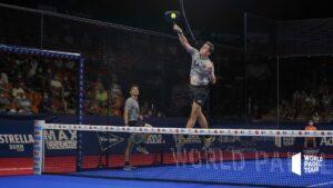 Paquito Navarro smatch dans les airs en 1/16eme de finale du Valencia Open