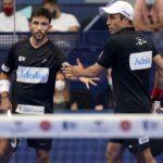 Bela et Sanyo se checkant dans la main après un point remporté eb demi finale e las Rozas Open 2021