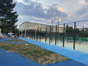terrains de padel tennis padel padel LOGO Tennis & Padel Bourg-Lès-Valence padel club house