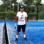 Stephane Penso posant amb el pala Bullpadel MM1