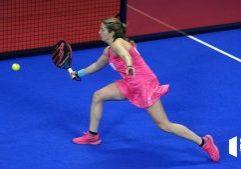 Alejandra Salazar amortized forehand volley